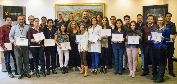 All the students at the Google Analytics training and certification in Quito 5. and 6. november 2015